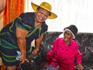 Mandela Day 2016 has had a life changing effect on a local 105 year-old Olifantshoek woman for 2017