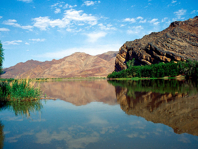 orange river is one of the longest rivers in africa